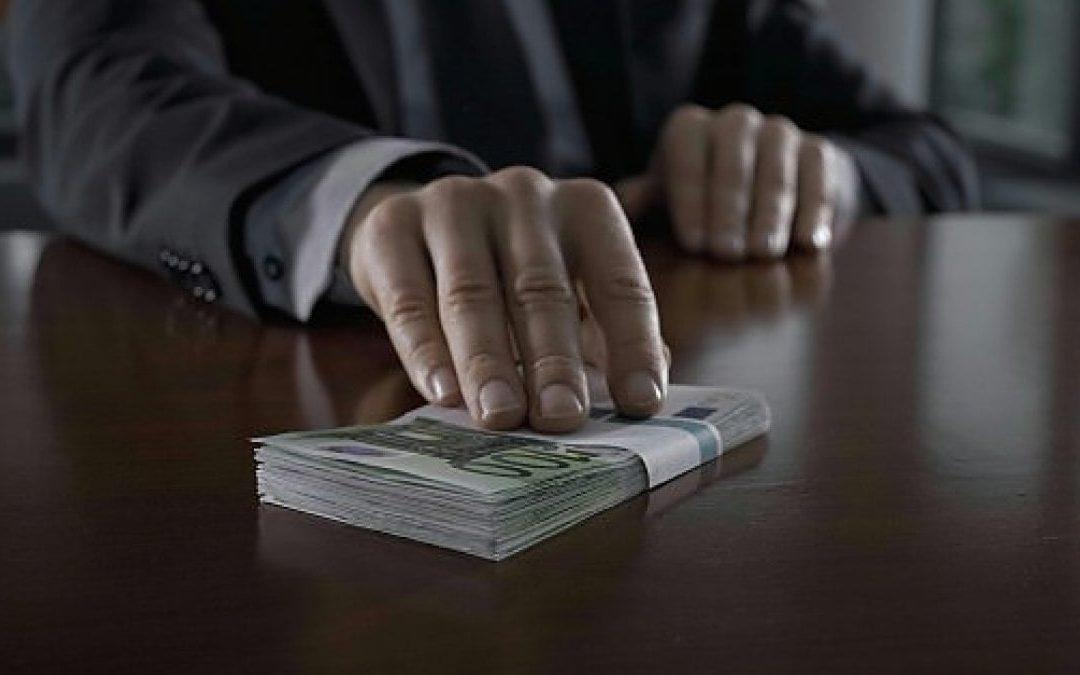 Dal Cravattaro all'Usura bancaria: un fenomeno che non si arresta.
